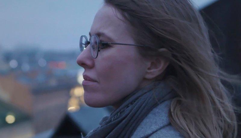 «Я всегда у людей козёл отпущения»: Интервью Ксении Собчак . Изображение № 12.