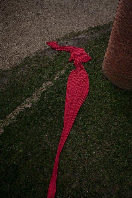 Прогулка в лесу и у бассейна в нежной кампании Cyrille Gassiline. Изображение № 20.