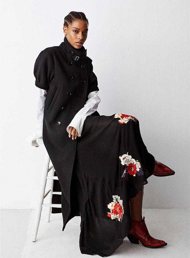 Плюс-сайз-модель Эшли Грэхэм стала лицом коллекции H&M Studio. Изображение № 6.