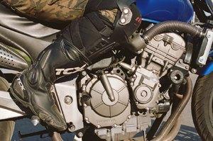 Я и друг мой мотоцикл: Девушки о мотоспорте  и своих байках. Изображение № 2.