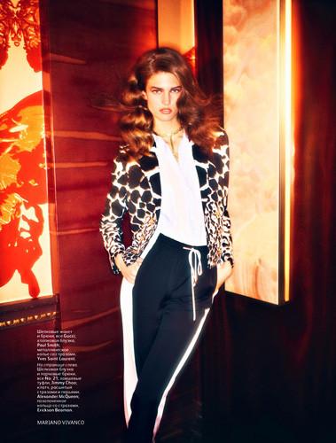 Кендра Спирс для российского Vogue. Изображение № 32.