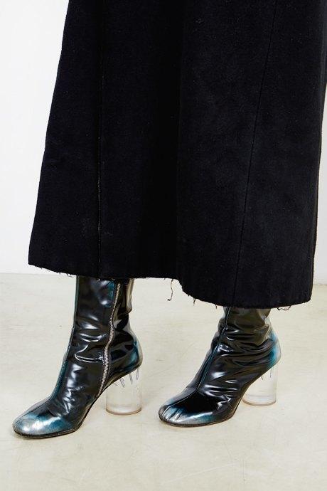Художница Марина Колушова о любимых нарядах. Изображение № 31.