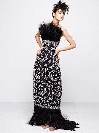 На показе Chanel Haute Couture были шлепанцы  и беременная модель. Изображение № 2.