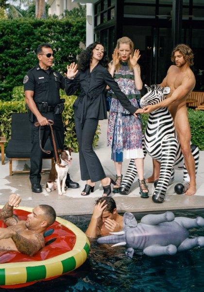 Barneys показали кампанию с супермоделями 70-х,  80-х и 90-х. Изображение № 10.