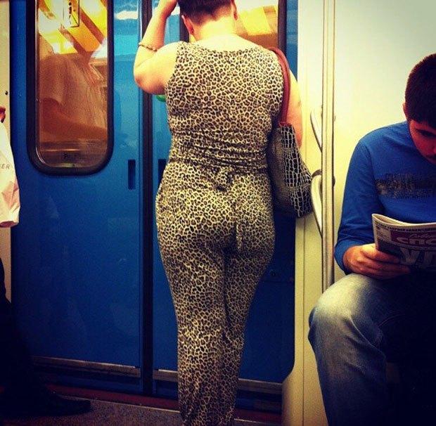 Как паблики про «моду  в метро» подпитывают нетерпимость. Изображение № 1.