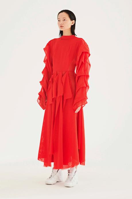 Алый тотал-лук: Красный как главный цвет осени. Изображение № 9.
