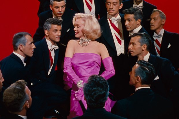От пудры до фуксии: Все оттенки розового снова в моде. Изображение № 2.