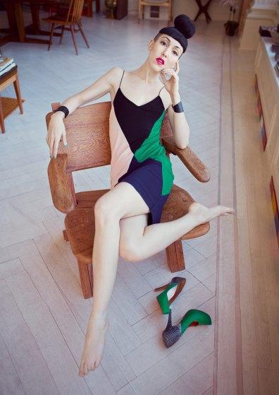 Влюбленные Мишель Харпер и Дженни Шимицу в лукбуке & Other Stories. Изображение № 3.