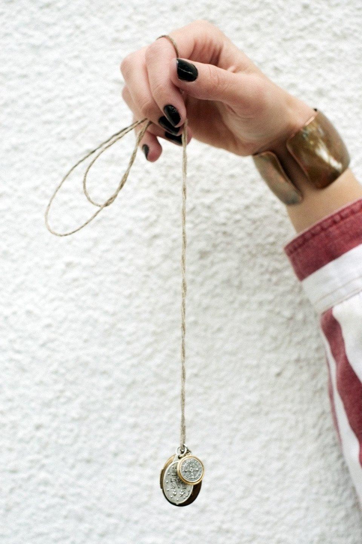 Роуз Бродбент, художница и владелец винтажного бутика из Торонто. Изображение № 16.