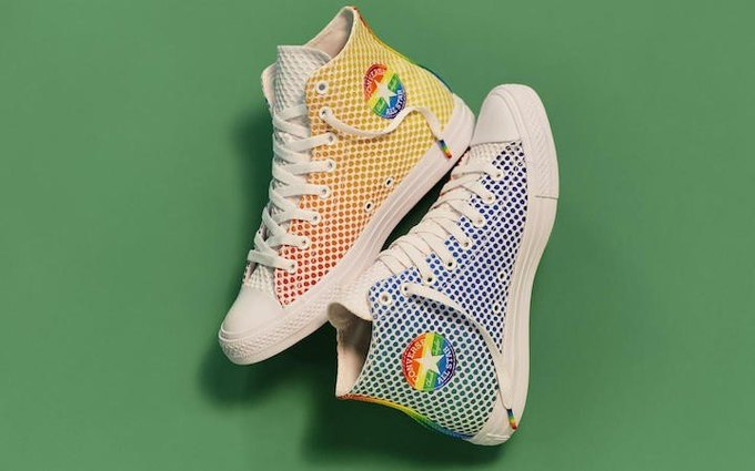Nike и Converse представили коллекции  в поддержку ЛГБТ. Изображение № 5.