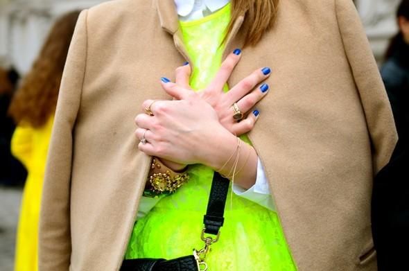 Неделя моды в Париже: Streetstyle. Изображение № 30.