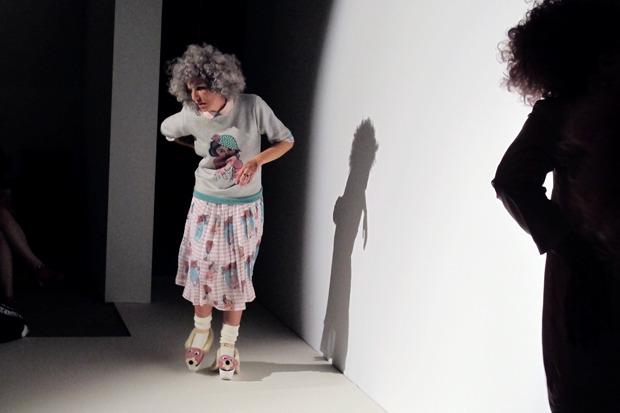 Дневник стилиста: Тесс Йопп о старушках, девочке-капкейк и облитой Джорджии Мэй Джаггер. Изображение № 14.