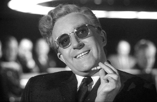 «Доктор Стрейнджлав, или Как я научился не волноваться и полюбил атомную бомбу», 1964 . Изображение № 4.