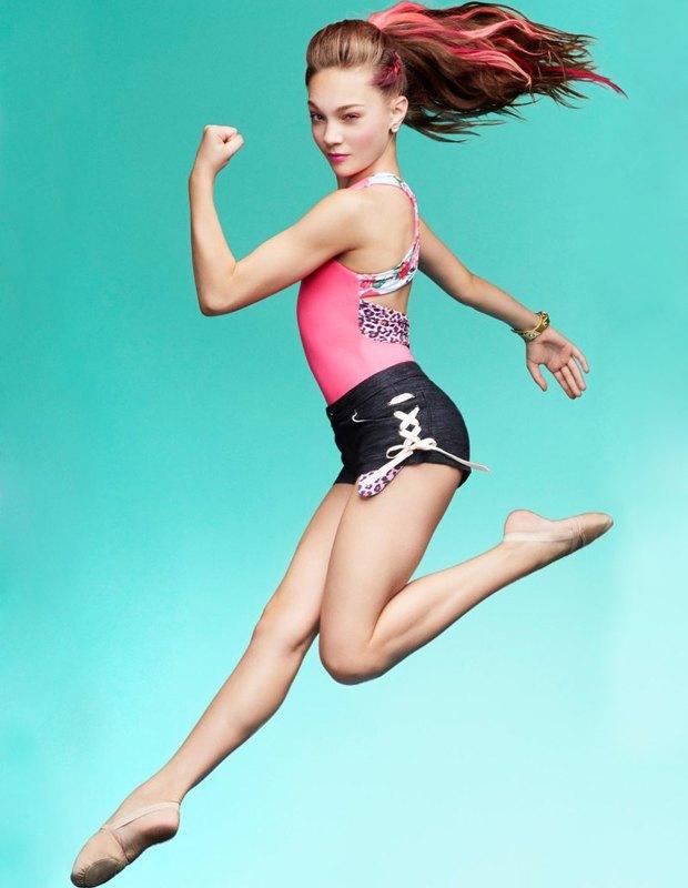 Танцовщица Мэдди Зиглер снялась в рекламной кампании Capezio. Изображение № 5.