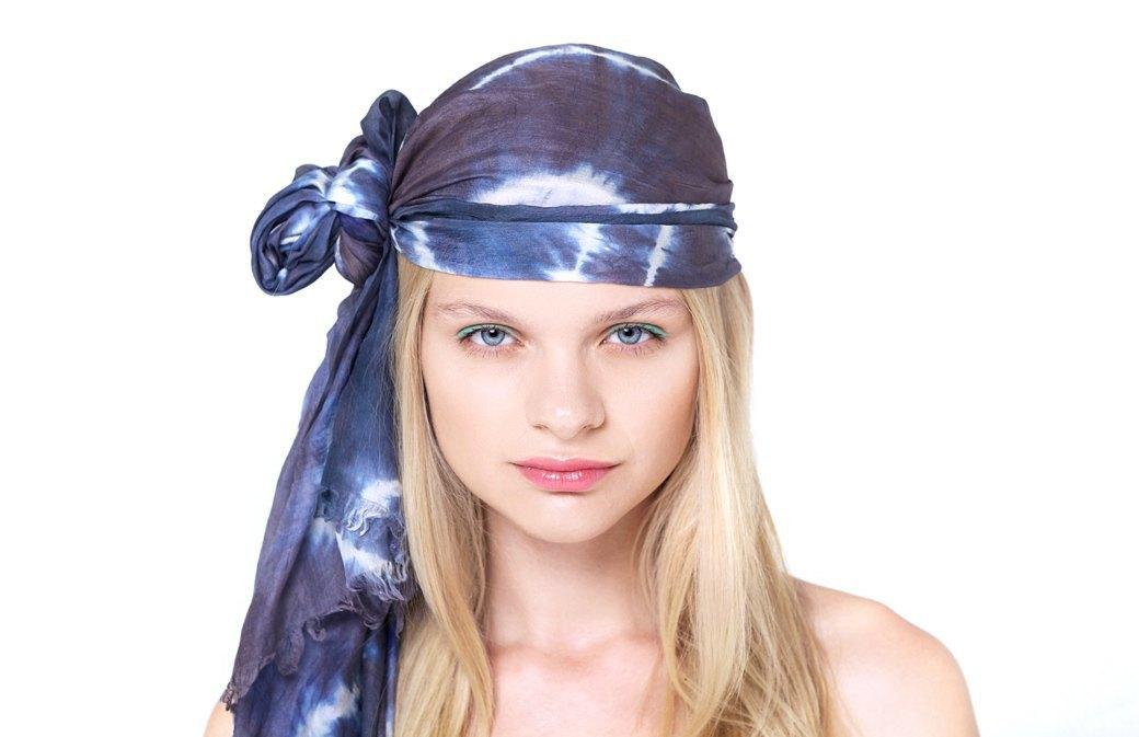 7 способов повязать платок  на голову. Изображение № 11.