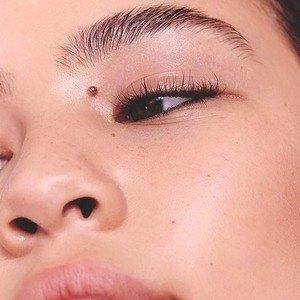 Как ухаживать за кожей и волосами: Актуальные тенденции и средства. Изображение № 6.