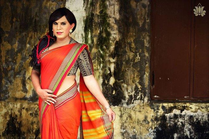 Дизайнер из Индии сняла трансгендеров  в рекламе сари. Изображение № 3.