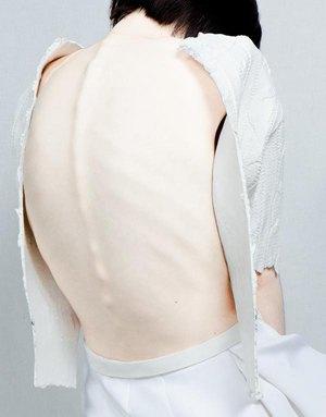 Melitta Baumeister:  Скульптурные вещи из пластичного силикона. Изображение № 8.