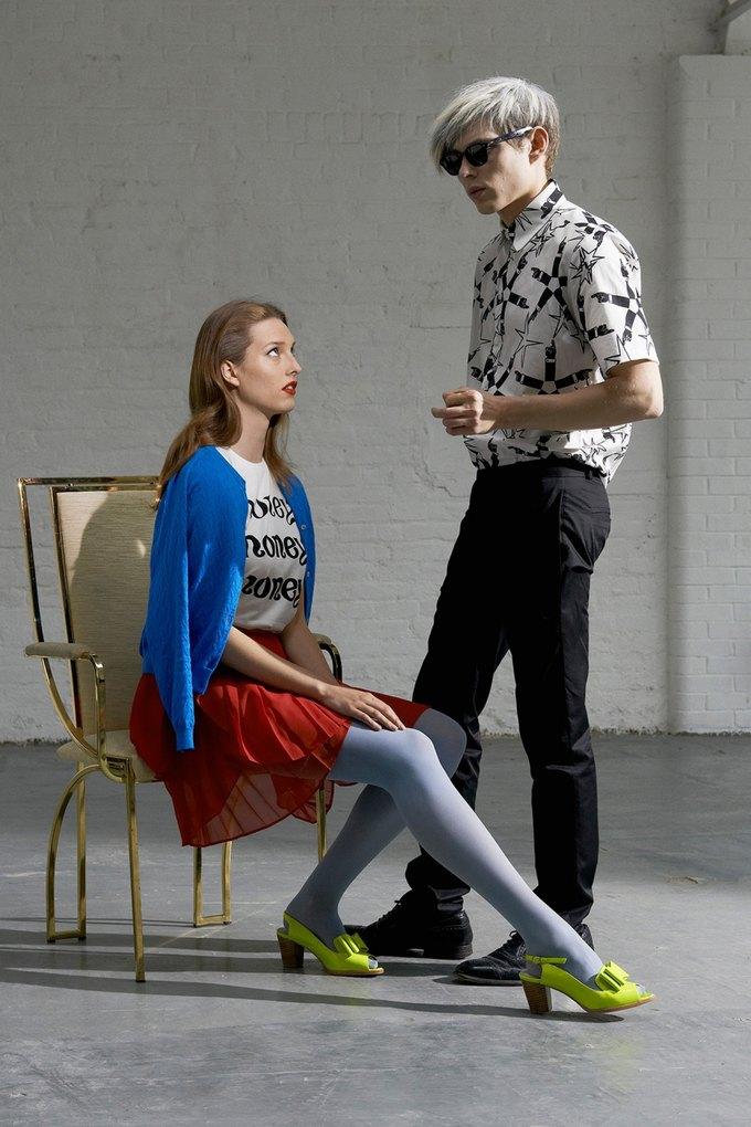 Модели в образах Полетт Годдар и Энди Уорхола в лукбуке Peter Jensen. Изображение № 6.