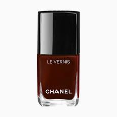 Лак для ногтей Chanel Le Vernis в оттенке Rouge Noir, 1949 руб.. Изображение № 16.