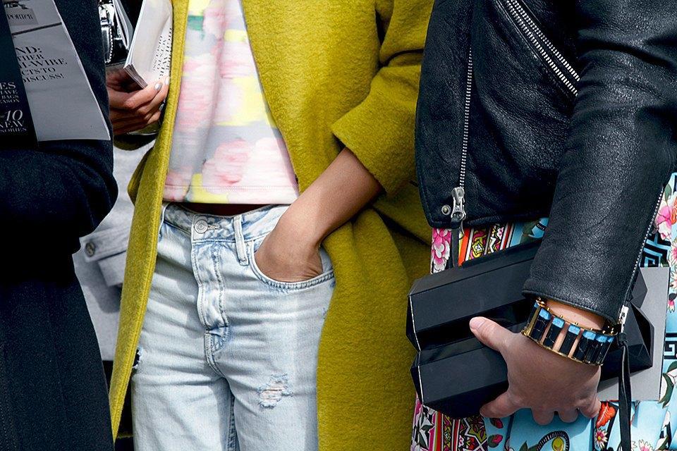Стритстайл: Что носят на Нью-Йоркской неделе моды. Изображение № 22.
