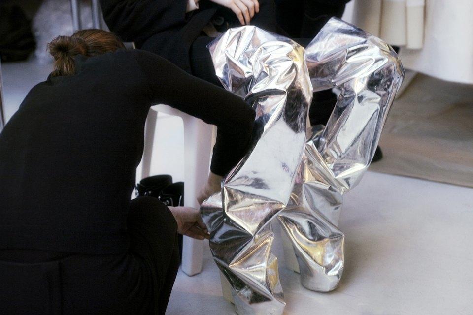 Paris Fashion Week FW 14:  Бэкстейдж показа  Gareth Pugh. Изображение № 8.