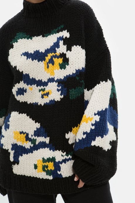 Основательница Arctic Explorer Ксения Чилингарова о любимых нарядах. Изображение № 21.