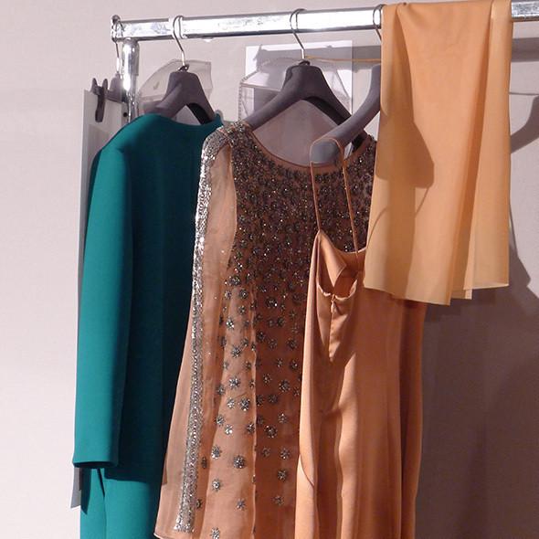 Milan Fashion Week: бэкстейдж Alberta Ferretti. Изображение № 37.
