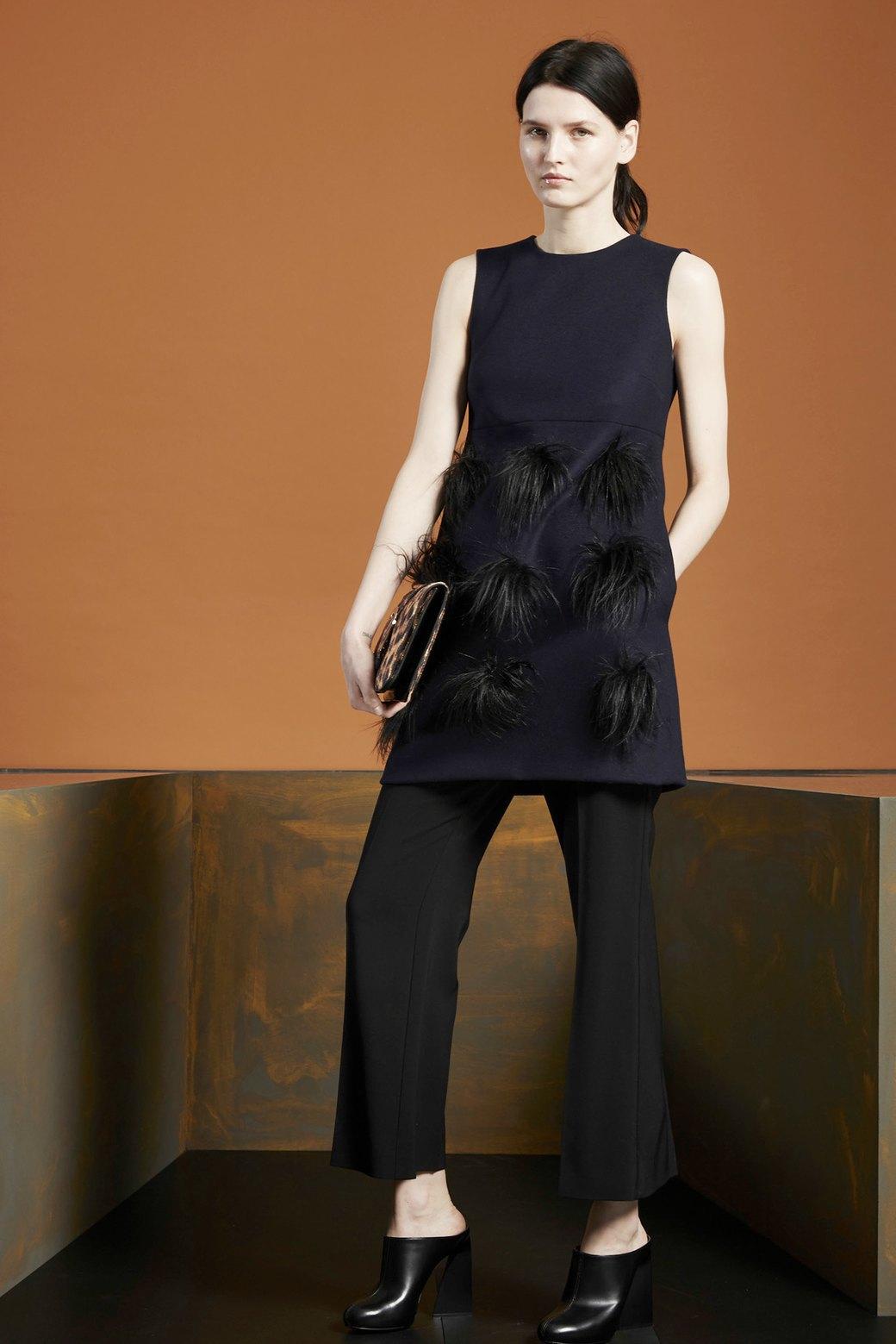 Платье на брюки:  Как использовать  многослойность. Изображение № 4.
