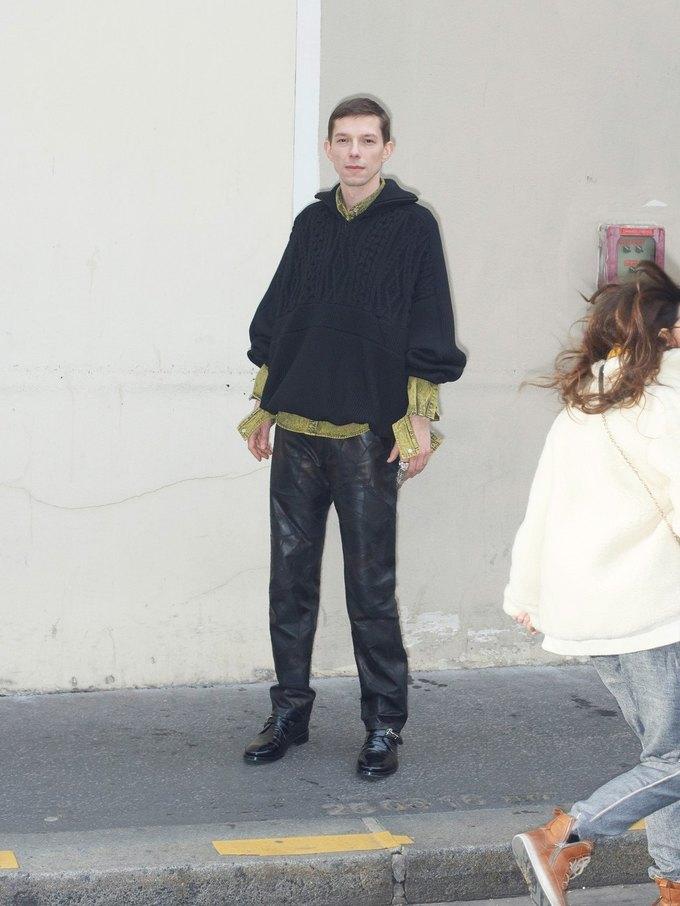 В новом лукбуке Balenciaga снялись обычные парижане. Изображение № 19.