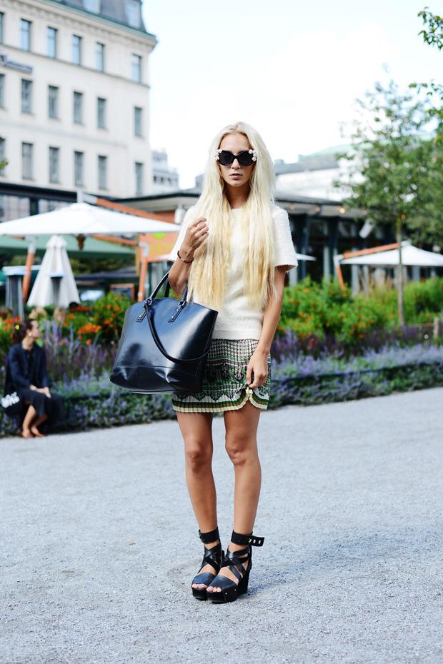 Парни в криперах и девушки в шортах на Неделе моды в Стокгольме . Изображение № 4.