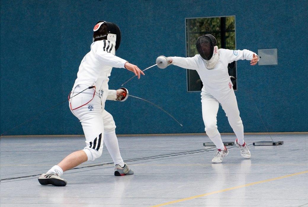 Каким спортом заняться:  Фехтование для развития  тела и логики. Изображение № 3.