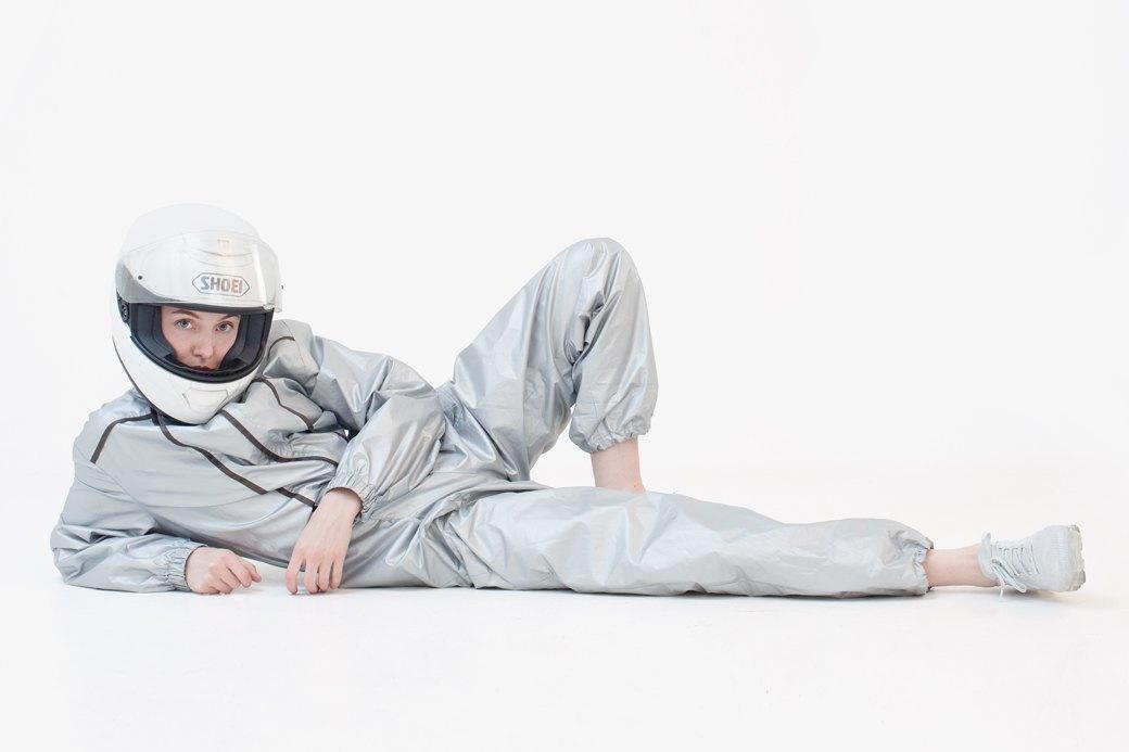 Ведущий дизайнер и пилотесса Маша Мелкосьянц о любимых нарядах. Изображение № 1.