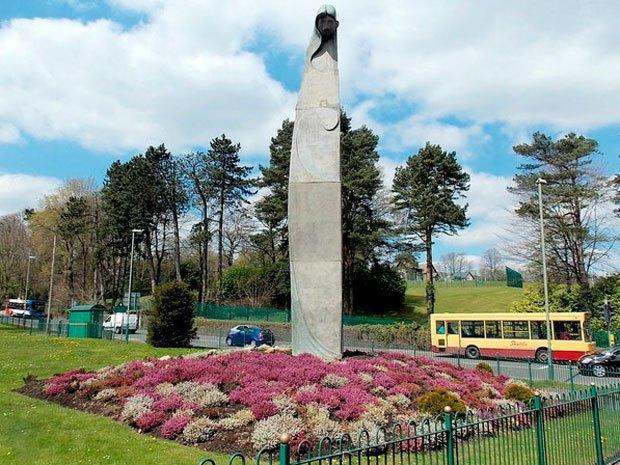 Всем встать: 10 фаллических монументов  в разных городах мира. Изображение № 10.