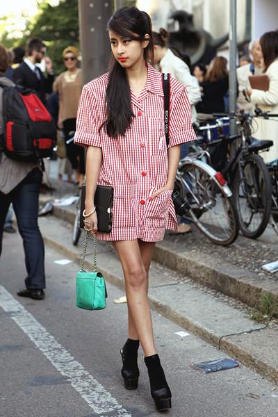 Milan Fashion Week: Уличный стиль, день 2. Изображение № 3.