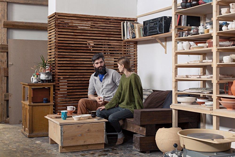 Керамист Мария Колосовская у себя в мастерской. Изображение № 7.