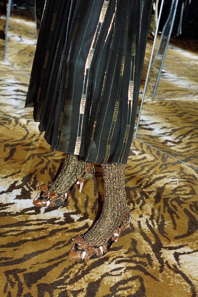 Gucci показали коллаб с дизайнером Дэппер Дэном. Изображение № 36.
