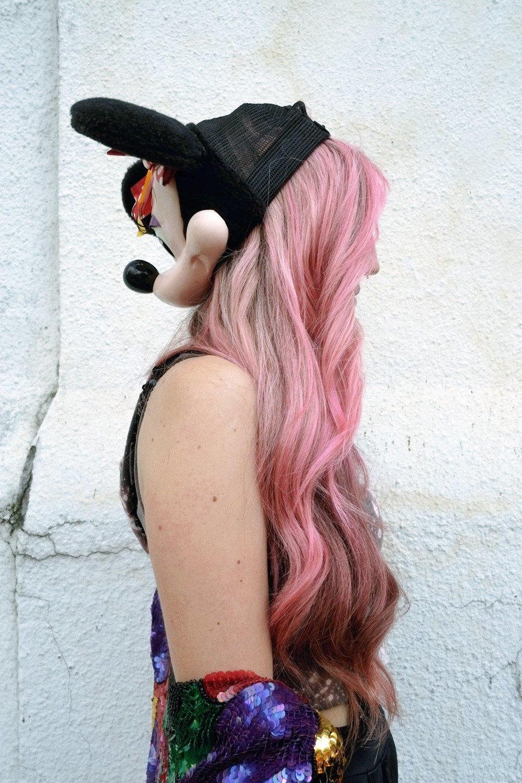 Роуз Бродбент, художница и владелец винтажного бутика из Торонто. Изображение № 2.