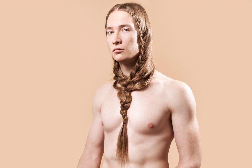 5 причесок под шапку для длинных волос. Изображение № 8.