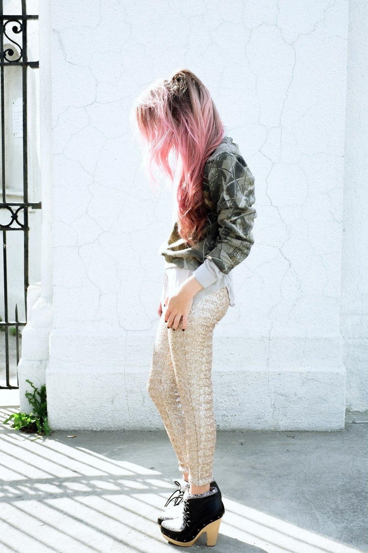 Роуз Бродбент, художница и владелец винтажного бутика из Торонто. Изображение № 24.