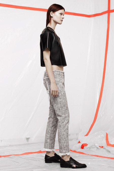 Кожаные толстовки и брюки в коллекции T by Alexander Wang. Изображение № 16.