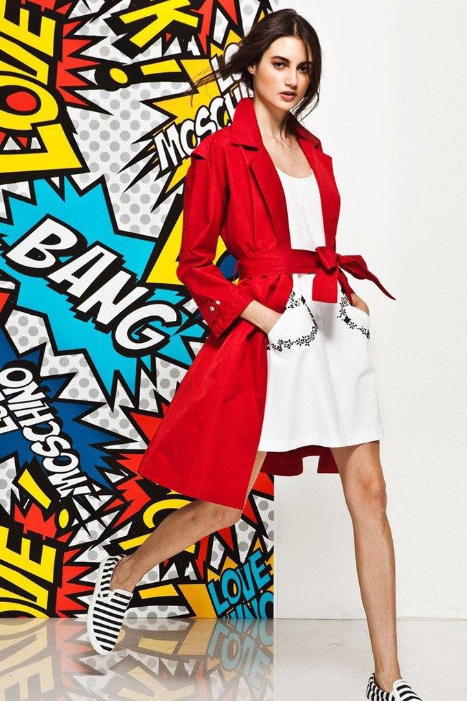 Яркие принты и костюмы в лукбуке Love Moschino. Изображение № 6.