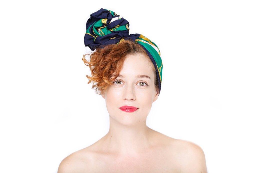 7 способов повязать платок  на голову. Изображение № 1.