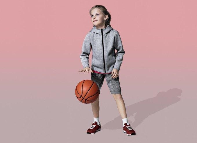 Uniqlo представили первую спортивную коллекцию. Изображение № 14.