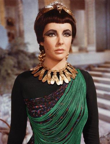 Элизабет Тейлор в «Клеопатре». На ней топ Stella McCartney. Изображение № 3.