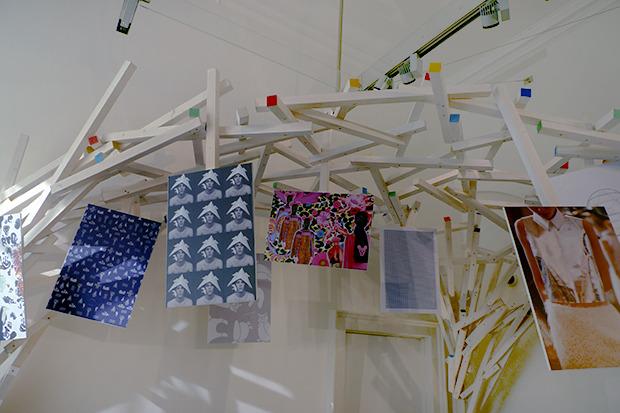 Плакаты с работами молодых дизайнеров, представленные Topshop. Изображение № 52.