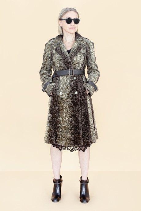 Женщины старше 50 примеряют модные образы. Изображение № 33.