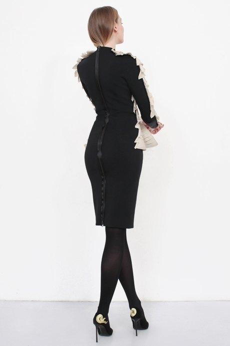 Телеведущая и модель Маша Миногарова о любимых нарядах. Изображение № 2.