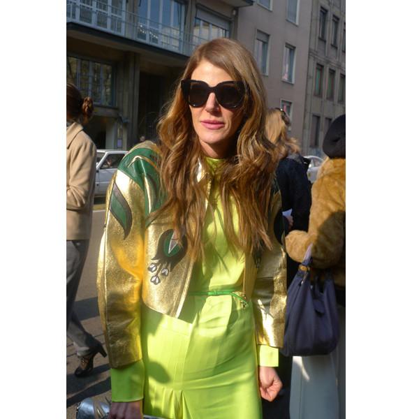 Анна Делло Руссо в куртке и платье Miu Miu. Изображение № 6.
