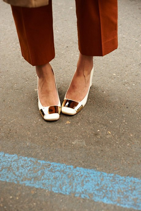 Стритстайл:  Неделя моды в Милане,  часть I. Изображение № 3.